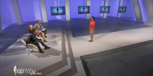 Die Jury der Casting-Show urteilt über eine Kandidatin.