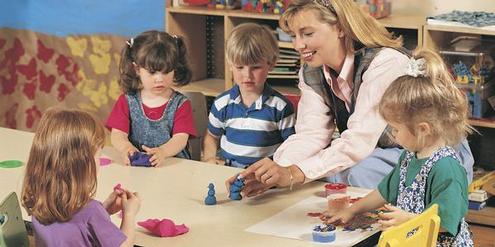 Zürcher Kindergärtnerinnen haben erfolglos höhere Löhne gefordert.