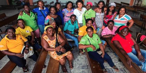 19 Koordinatorinnen der Mariposas unterstützen zusammen mit Freiwilligen Opfer sexueller Gewalt.