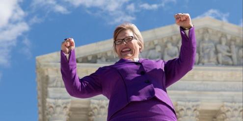 Jubelnde Amy Hagstrom Miller, Vertreterin der Klägerinnen gegen das Abtreibungsgesetz in Texas.