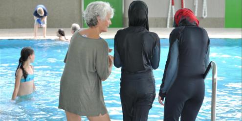 Im Burkini ist gemischtgeschlechtlicher Schwimmunterricht zumutbar, sagt das Höchstgericht.