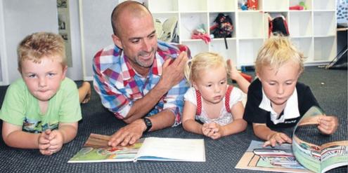 Männliche Kindergärtner sind weltweit eine Seltenheit.