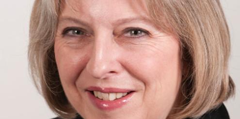 Theresa May, britische Innenministerin, akzeptiert extrem frauenfeindliche Songs nicht.