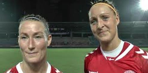 Theresa Nielsen und Sanne Troelsgaard (rechts), Wortführerin der dänischen Nationalspielerinnen.