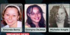 Mädchen vor ihrer Einsperrung. Entführer tötete Föten mit Gewalt.