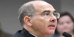 Erzbischof J. Peter Sartain von Seattle: Soll Nonnen disziplinieren