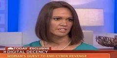 Holly Jacobs engagiert sich öffentlich für ein Verbot von Rachepornos im Internet.