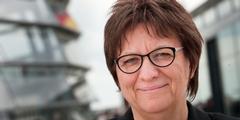 Cornelia Möhring fordert mehr Engagement des Bundes zum Schutz von Flüchtlingsfrauen.