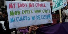 Frauen wollen selber über ihren Körper bestimmen.