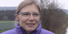 Ärztin Natalie Urwyler fordert, dass Väter zu Hause Mütter entlasten können.