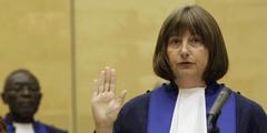 Mit Silvia Fernández de Gurmendi präsidiert erstmals eine Frau den Internationalen Strafgerichtshof.
